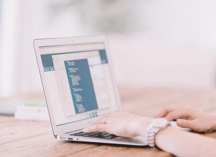 איך בונים אתר אינטרנט חינם?