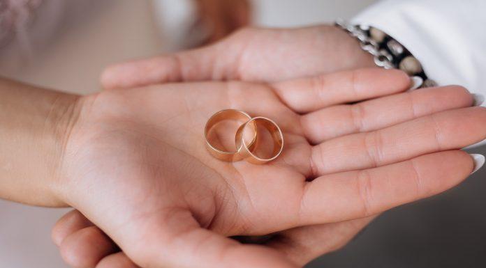 ניקוי טבעת אירוסין