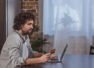כרטיסי אשראי – הדרך החכמה לשלם על קניות באינטרנט