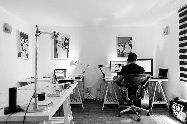 איך מעצבים משרד ביתי?