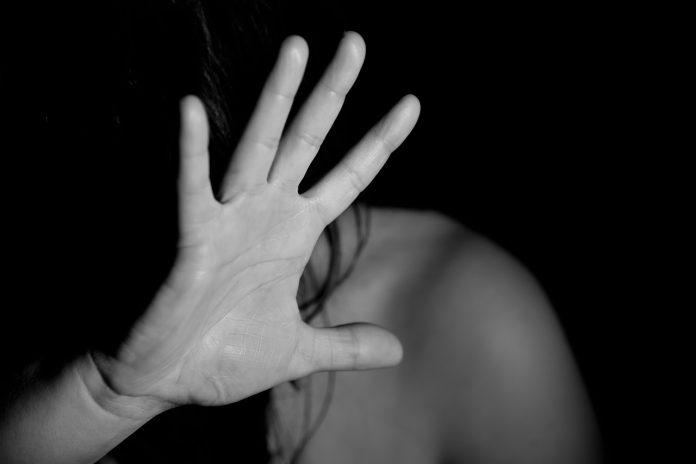 איך להגביר את המודעות כלפי תופעת האלימות במשפחה?